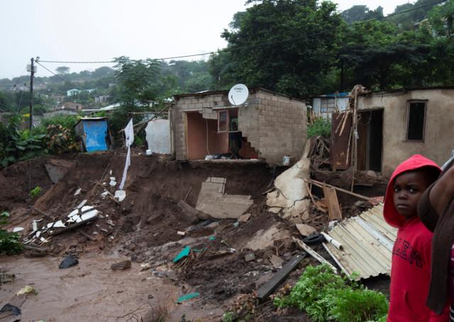Смертельный циклон в ЮАР: бедствие забрало жизнь десятков людей
