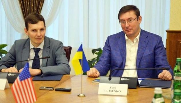 «Да, я подал в отставку»: Скандальный заместитель Луценко «убегает» от генпрокурора