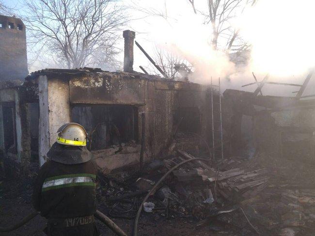 Трагедия в Кривом Роге: пожар в доме унес жизни отца и двух его детей