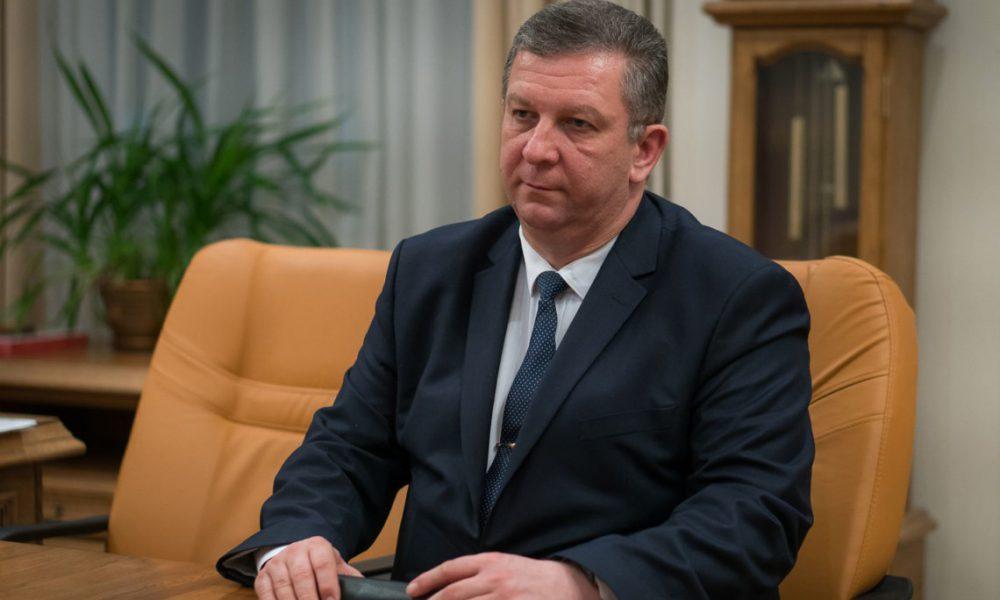 «Мне их не жалко»: министр Рева назвал «мр*зью» жителей ОРДЛО, — СМИ