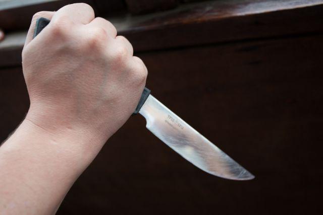Ужасная расправа над зятем: в Днепре теща ударила ножом в грудь мужа своей дочери