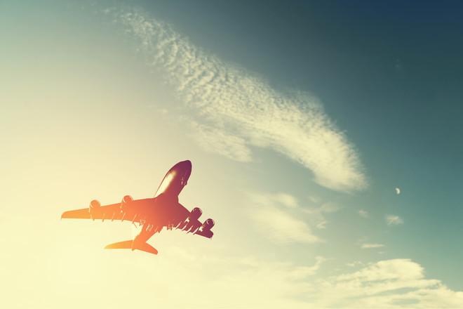 Спасти маленького пассажира не удалось: двухмесячный ребенок скончался на борту самолета