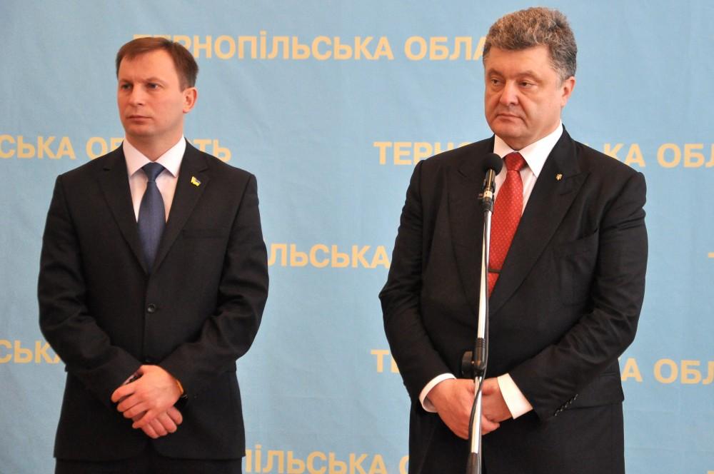 Эффект домино: Вслед за другими губернаторами в отставку подает председатель Тернопольской ОГА Барна