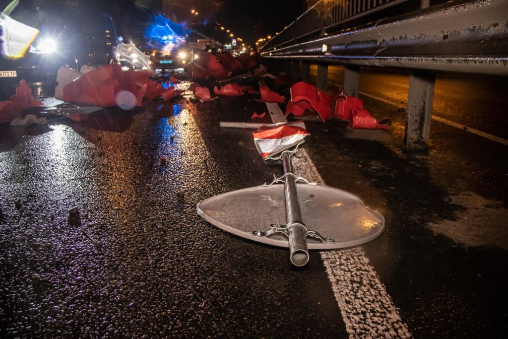 В центре Киева пьяный водитель устроил масштабное ДТП