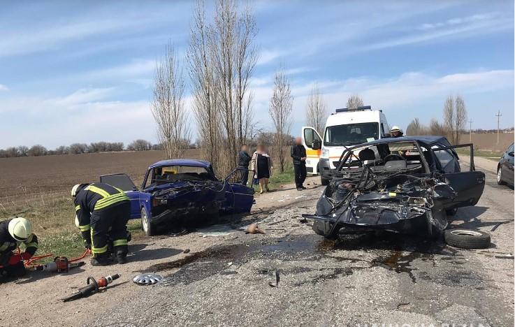 В Запорожском районе столкнулись «Таврия» и «ВАЗ»: погибли двое мужчин, четверо в больнице