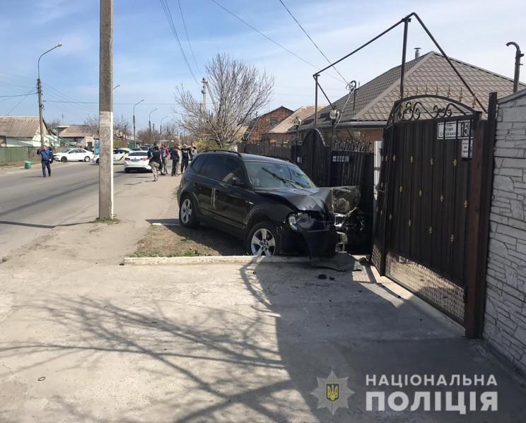 За рулем находилась женщина: В Запорожье семилетний мальчик погиб под колесами «БМВ»
