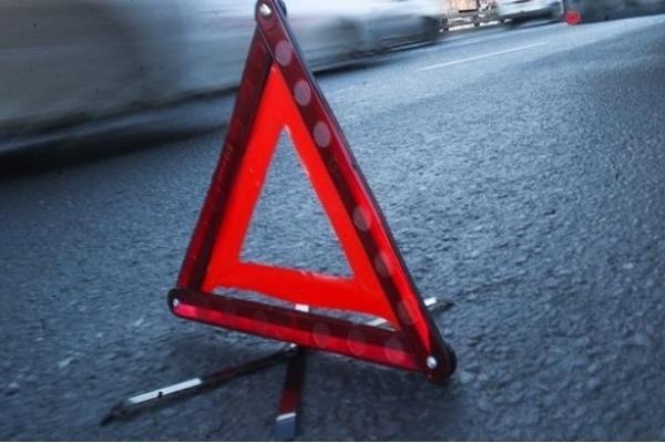«Избежать столкновения было невозможно»: на трассе Киев-Чоп водитель на BMW влетел в грузовик