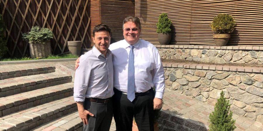 Поздравил с победой: Литовский министр МИД Линкявичюс встретился с Зеленским и подтвердил поддержку Украины Литвой