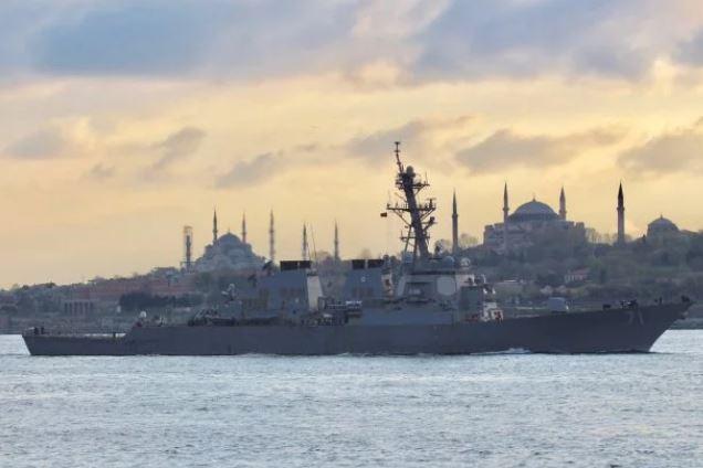 Угроза близко? Военный корабль США вошел в акваторию Черного моря