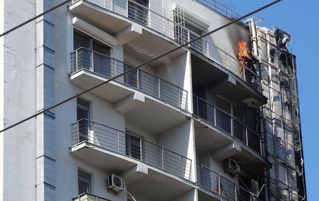 Крупный пожар в Одессе: пылает 12-этажка, люди эвакуированы