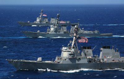 30 американских кораблей и другая техника мчатся в Черное море: что происходит?