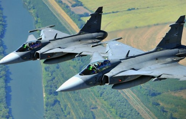 Нервничали: истребители НАТО «столкнулись» с самолетами Путина