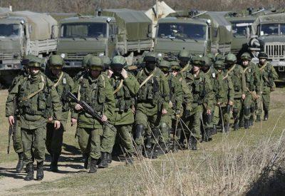 Россия стянула к границам Украины тысячи военных и сотни танков: Срочная информация