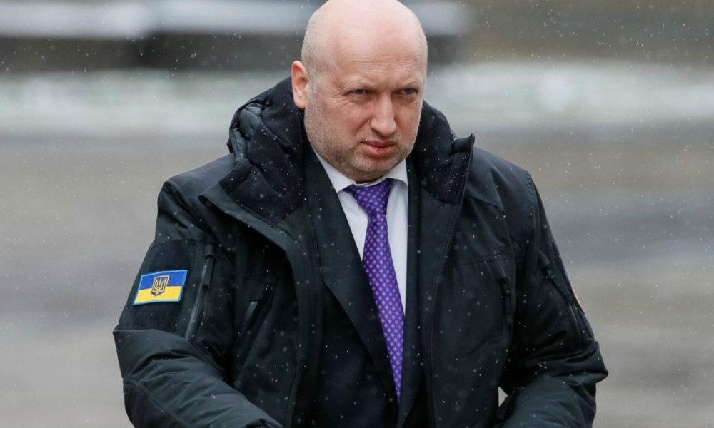Корабли пройдут под носом у России: Турчинов выступил с неожиданным заявлением