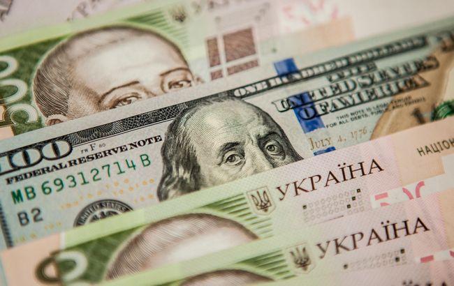 Валюта не опускалась так низко с 17 июля: Курс валют на 12 мая