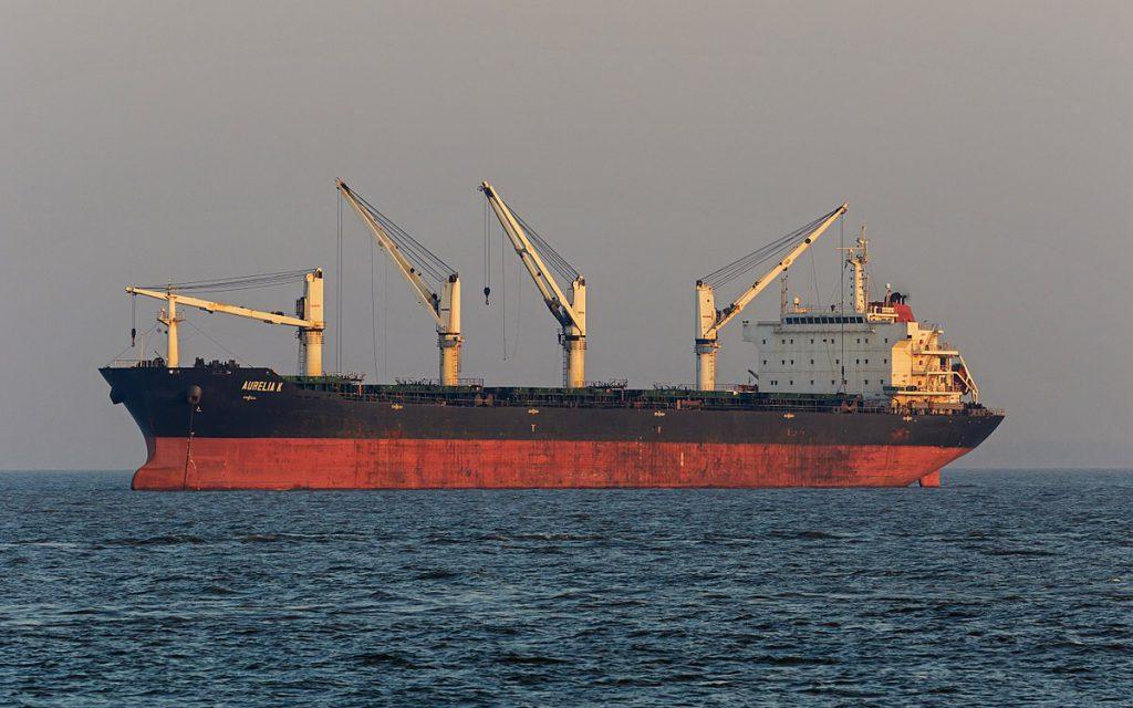 Украинские моряки с задержанного в Египте танкера возвращаются: подробности захвата