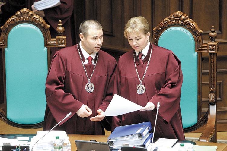 «Дом, земельные участки, квартиры и машины» Чем владеет новоизбранный председатель КСУ Наталья Шаптала