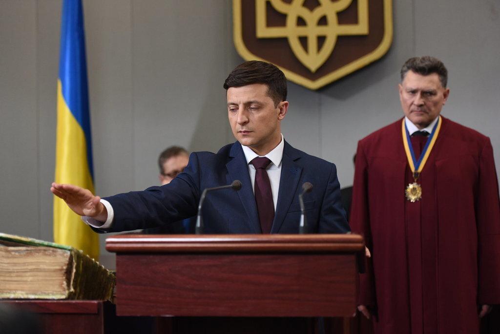 «Оттягивают до последнего»: БПП предложили новую дату инаугурации Зеленского