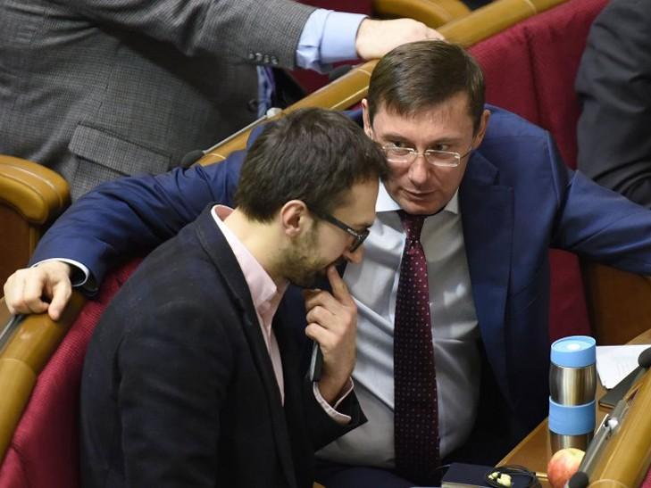 «Самое резонансное дело в Украине»: Лещенко заявил, что Луценко лично «сливал» ему тайны следствия
