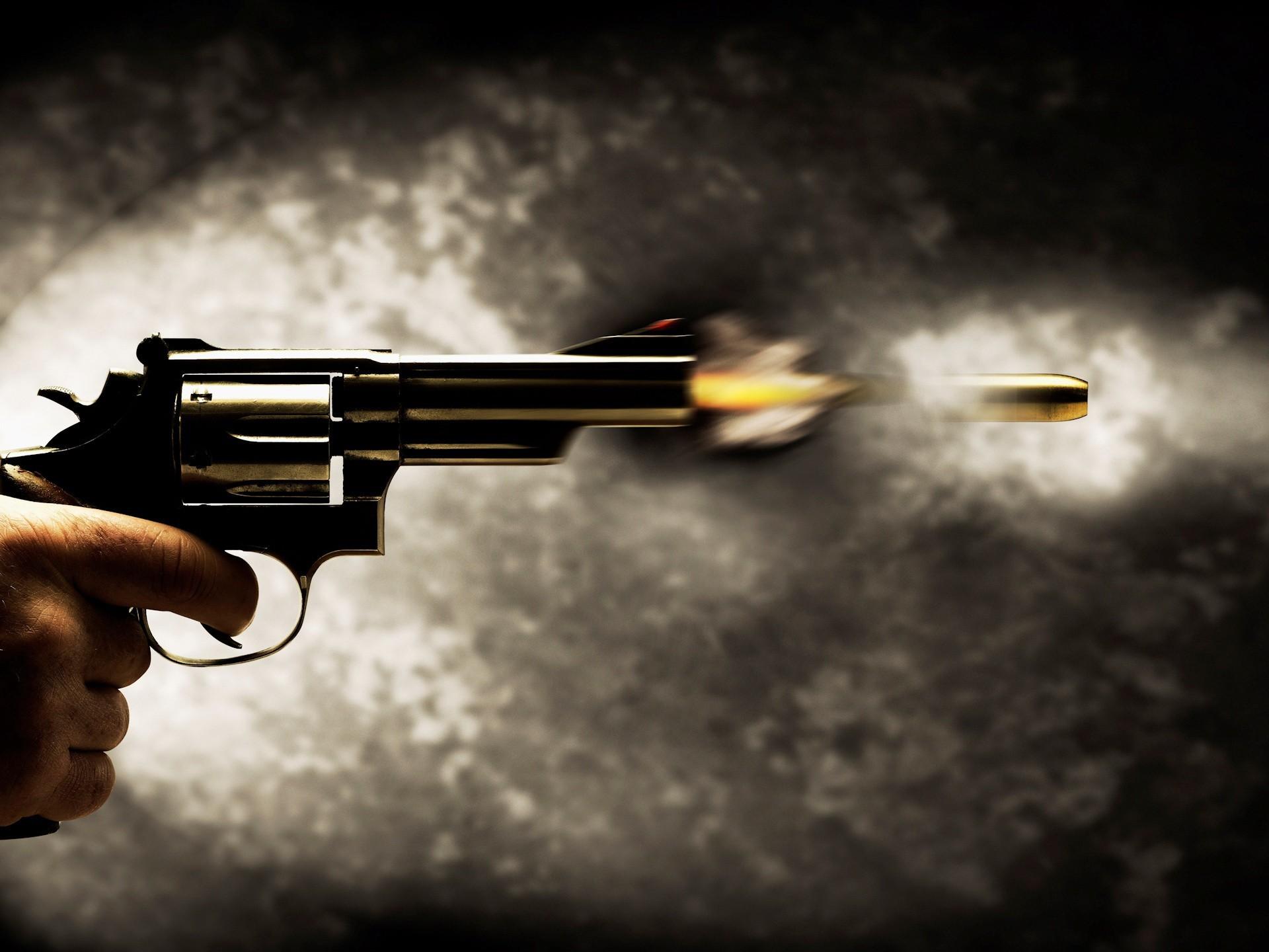 Расстреляли, а затем сожгли: на Прикарпатье жестоко расправились с семьей известного адвоката