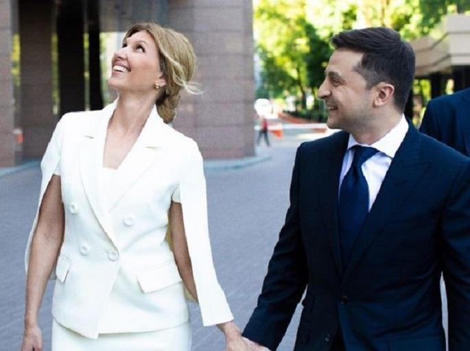 «Пока президент работает»: Первая леди, Елена Зеленская повеселилась на съемках «Лиги смеха» и поразила красотой