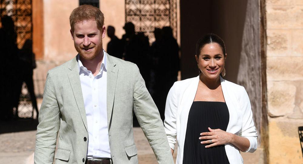 «Невероятный малыш!» Принц Гарри и Меган Маркл впервые показали своего сына