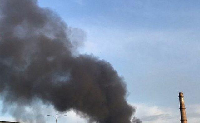 Черный дым поднимается на десятки метров над городом: В Кривом Роге горит шахта