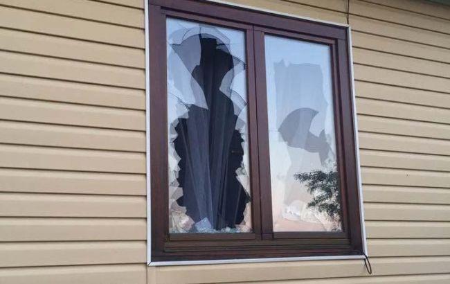 Ночью, когда спал: В Ровенской области в дом местного депутата бросили гранату