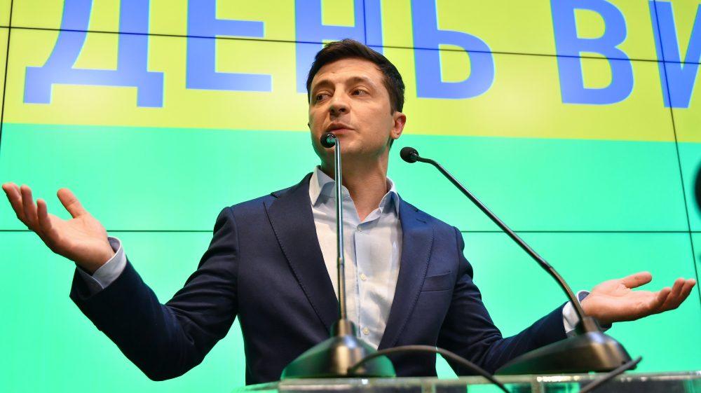 У Зеленского выступили со срочным заявлением. Новый министр обороны!