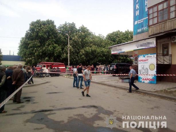 Взрыв гранаты в Марганце: один погибший и трое раненых, в том числе сотрудник полиции