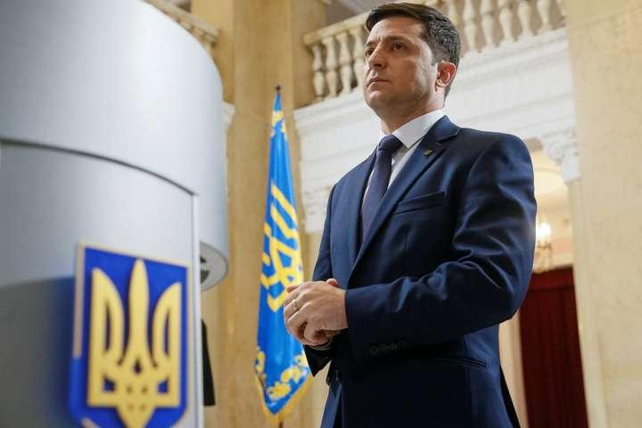 «Ложь мелких мошенников»: Зеленский резко прокомментировал оттягивание назначения даты его инаугурации