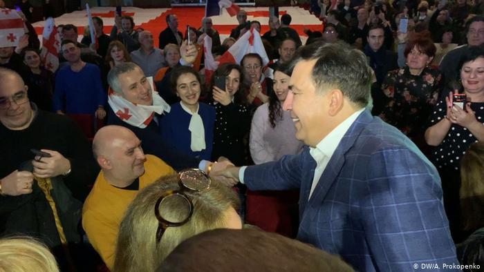 «Этот президент — не простой парень»: первое громкое заявление Саакашвили на территории Украины