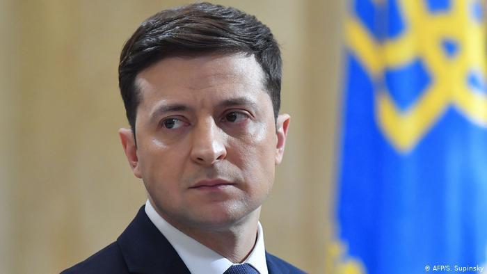 «Я критики не боюсь»: Зеленский прокомментировал задержание митингующих за его импичмент в Ровно