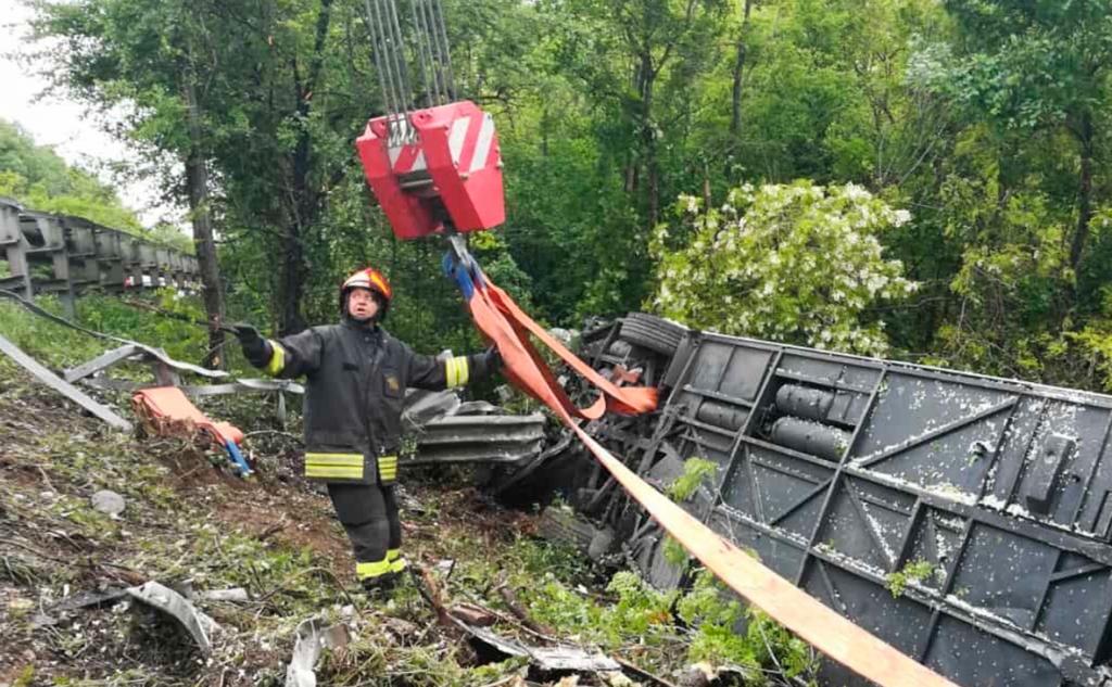 «Водитель потерял сознание»: В Италии в смертельное ДТП попал автобус с туристами из России
