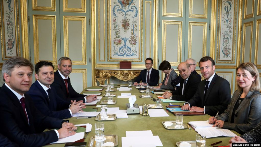 «В экстренном порядке»: Зеленский проведет очередные переговоры с Макроном