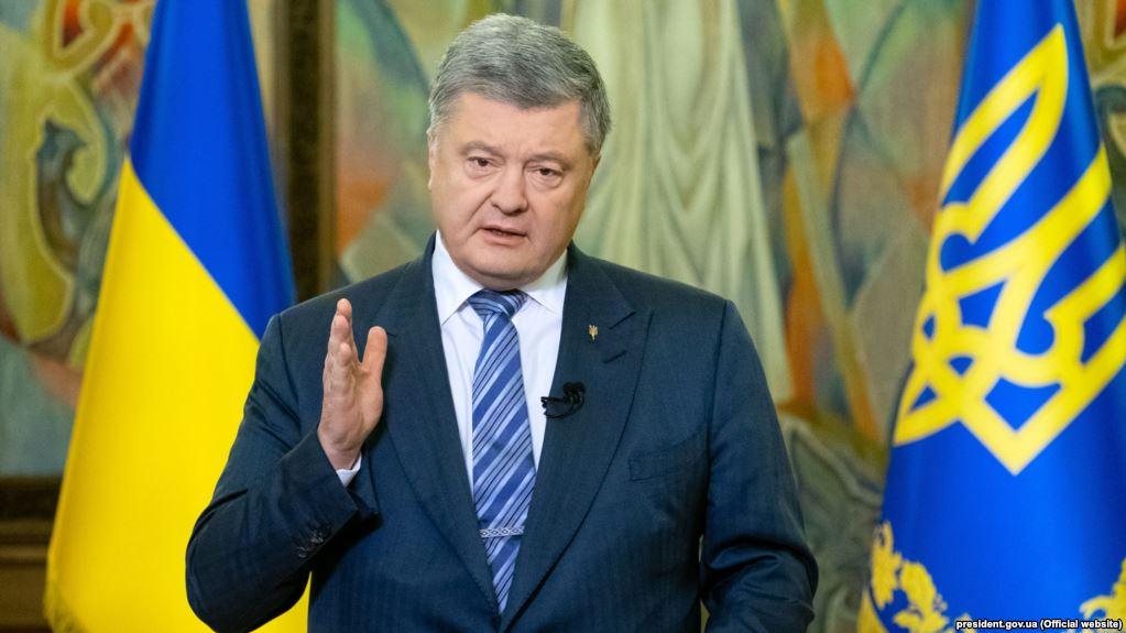 «Это же несерьезно все!»: Петра Порошенко отчаянно отговаривают идти в парламент