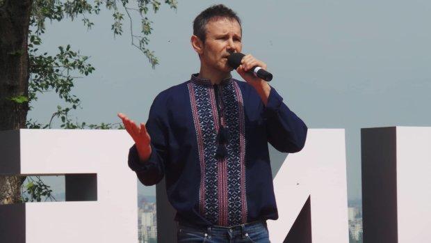 «Продался Порошенко!» Известный эксперт сделал скандальное заявление о будущем Вакарчука