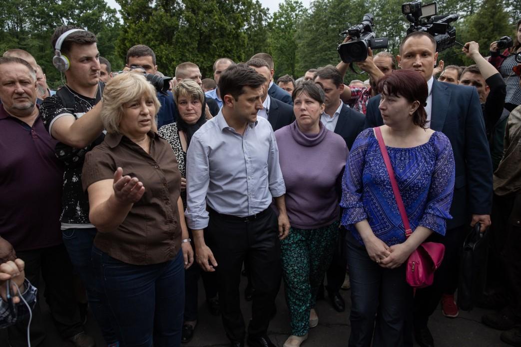 Сделать это вне очереди! Зеленский на Львовщине сделал громкое заявление про аварию на шахте