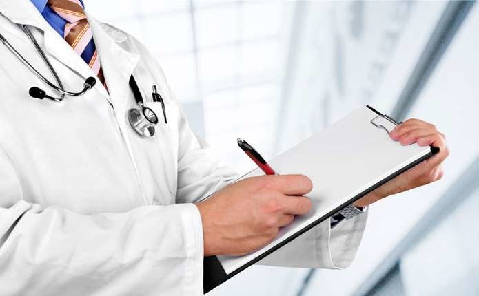 На Львовщине освободили от наказания врача, которого обвиняли в смерти пациента