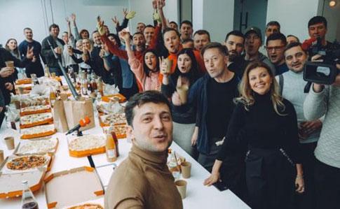 Блоггеры, актеры, студенты: конкурс для избрания спикера Зеленского продолжается