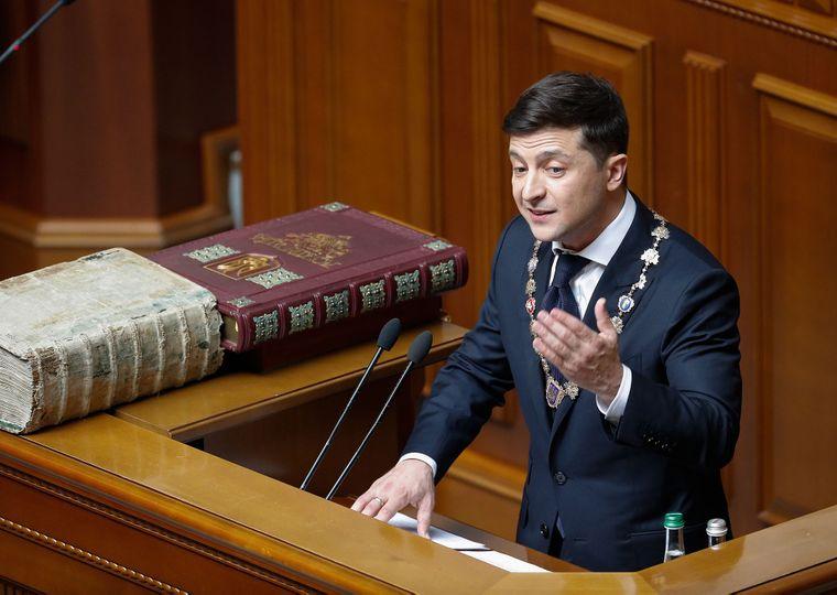 «Рассчитывают пролезть за гречку»: Зеленский прокомментировал отказ ВР голосовать за его законопроекты