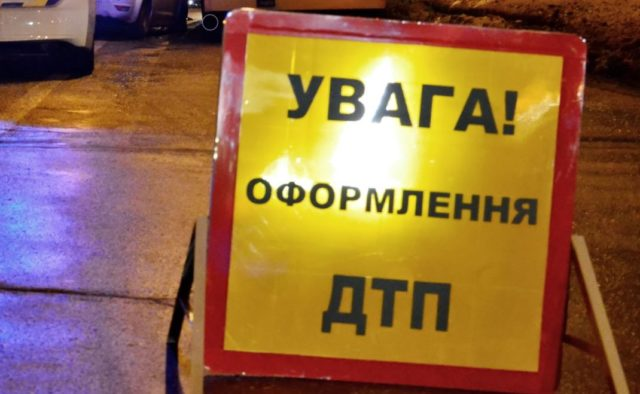 Смертельное ДТП: авто с военными разбилось под Харьковом