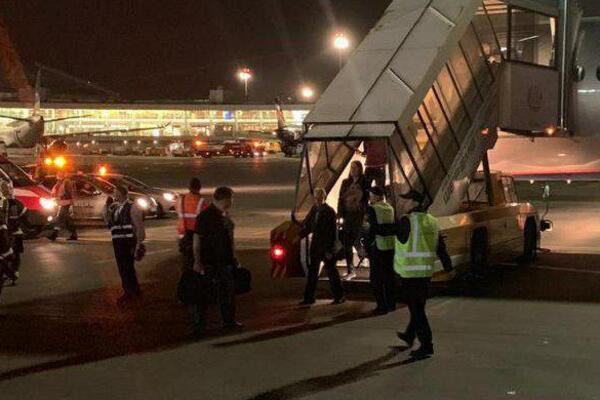 «Пошел запах гари, а затем паника»: В Шереметьево произошла еще одна ЧП с пассажирским самолетом