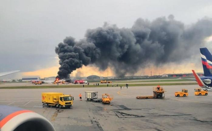 «41 человек сгорел заживо»: Жуткие подробности авиакатастрофы в московском Шереметьево