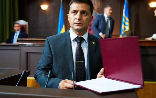 Зеленский, осудив действия Порошенка, разрешил НАБУ работать напрямую с иностранными антикоррупционными органами