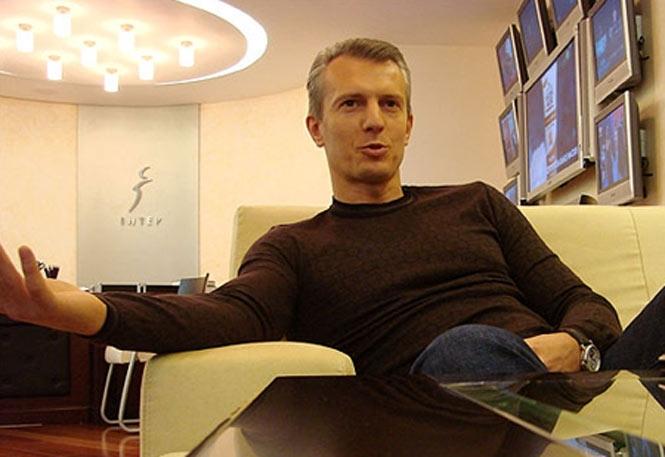«Частным самолетом»: Скандальный Валерий Хорошковский вернулся в Украину