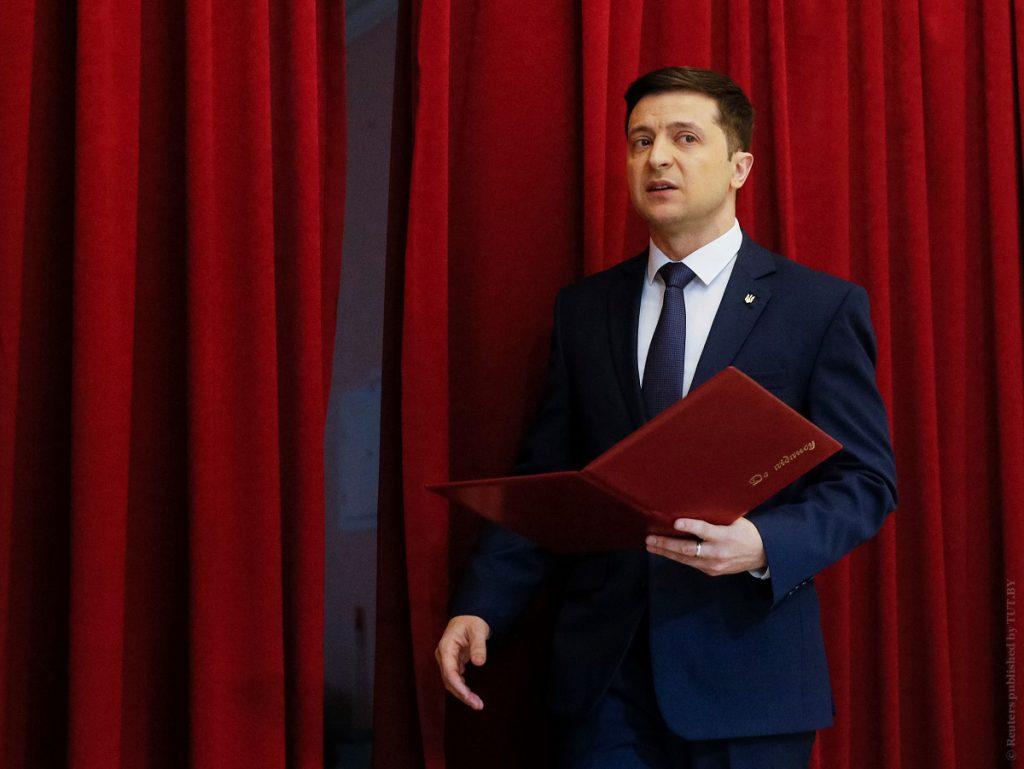 «Нужен миг, чтобы влюбиться»: Зеленский оригинально поздравил киевлян и рассказал, как он попал в Киев