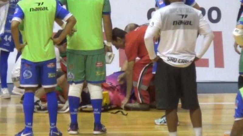 Шансов выжить не было: Известный рефери умер от инфаркта, случившегося во время матча