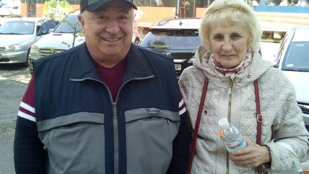 «В скромной квартире»: В Сети показали как живут родители президента Зеленского. Журналистка была потрясена
