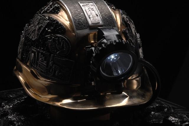 Сорвался во время работы: трагедия с летальным исходом в шахте в Кривого Рога